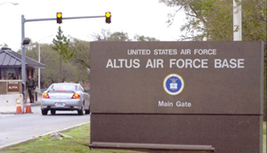 altus air base entry photo